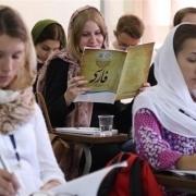 کلاس آموزش زبان فارسی